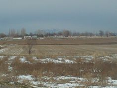 PT 37 JAN 2015 NAMPA IDAHO. SQUAW BUTTE IN EMMET IDAHO IS IN THE DISTANCE.