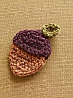 """Knit and Crochet for Fall – Acorns and Squirrels – free patterns Used """"Acorn Brooch"""" top & cut bottom half out of felt. Thanksgiving Crochet, Crochet Fall, Holiday Crochet, Halloween Crochet, Love Crochet, Crochet Lion, Free Form Crochet, Crochet Motif, Crochet Patterns"""