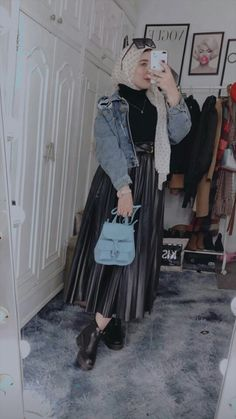 Long Skirt Fashion, Modest Fashion Hijab, Modern Hijab Fashion, Muslim Women Fashion, Hijab Fashion Inspiration, Mode Abaya, Hijab Fashionista, Winter Fashion Outfits, Clothes