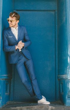 Comment s habiller pour un mariage homme - cool costume bleu