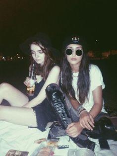 i like em grunge and rockin it