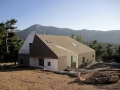 Hill House / PAAN Architects | ArchDaily