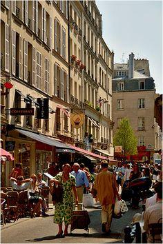 Paris, rue de Buci ~~ love this street!