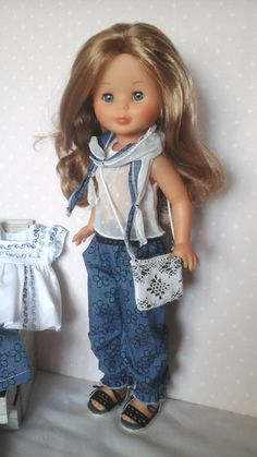 Vestidos para nancy, outfits para nancy Doll Clothes Patterns, Clothing Patterns, Nancy Doll, Child Smile, Kool Kids, Fun Diy Crafts, Sewing Dolls, Hello Dolly, American Girl