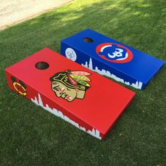 https://flic.kr/p/wdxhKW | Chicago Blackhawks and Cubs Custom Cornhole Boards! | The Tomahawks and Harry Caray's logo are prominently featured on the sides of this bag set