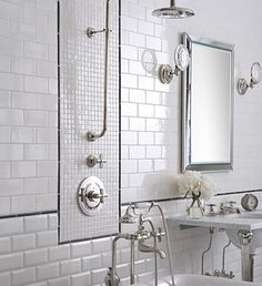 White Subway Tiles With Black Pencil Trim Used As Framing Device Bathroom Tile Designswhite