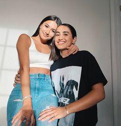 Lesbian Hot, Cute Lesbian Couples, Cute Couples Photos, Lesbian Pride, Cute Couples Goals, Couple Goals, Girlfriend Goals, Boyfriend Girlfriend, Best Friend Pictures