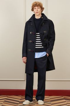 tommy hilfiger fall/winter 16: slouch, stripes, and shelter from the storm