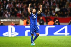 Juventus close on Champions League final as Higuain hurts Monaco