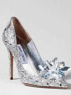 4f7ee075cab Они хрустальные  коллекция туфель Золушки от лучших дизайнеров Jimmy Choo  Shoes