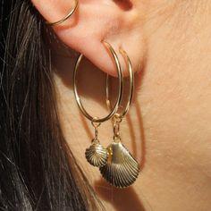 Diamond Earrings With Style! Ear Jewelry, Jewelry Accessories, Jewelry Design, Gemstone Jewelry, Jewelry Bracelets, Silver Jewelry, Bling Bling, Bijou Brigitte, Statement Earrings