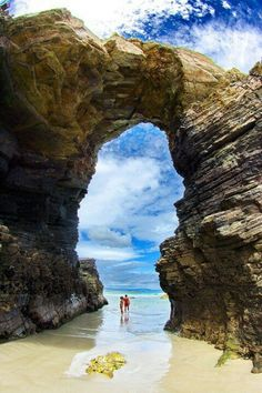Playa de las Catedrales or 'Beach of the Cathedrals' located in the Ribadeo Spain. (Beautiful place) l // Praia das Catedrais localizada em Ribadeo Espanha. Places Around The World, Oh The Places You'll Go, Places To Travel, Places To Visit, Around The Worlds, Travel Destinations, Dream Vacations, Vacation Spots, Vacation Ideas
