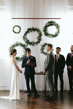 Loving everything about this minimalist ceremony backdrop | Image by Marisa Albrecht
