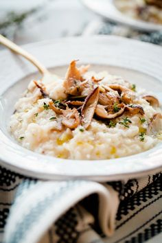 Easy No-Stir Mushroom Risotto. Classic mushroom risotto that can be prepared with minimal stirring and hassle!