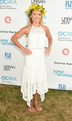 Kelly Ripa was the belle of the ball in a custom B Floral crown by Bronwen Smith made up of fresh freesia, yellow spray roses and solidago flowers at the 19th Annual OCRFA's Super Saturday in Water Mill, NY.
