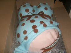 baby belly cake with ulrasound  | Belly Cake With Blue Shirt And Brown Polka Dots — Baby Shower