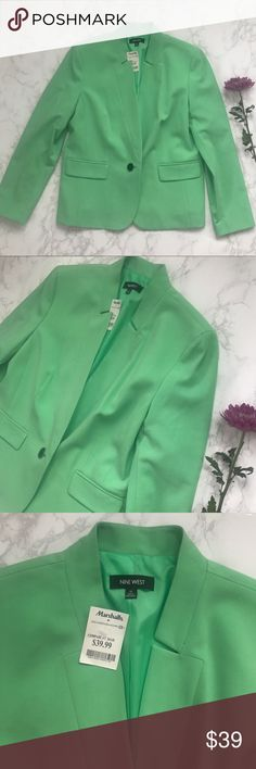 NWT Nine West Spring Blazer Aloe Green Pastel 14 Nine West blazer jacket in size 14, new with tags! Has Marshalls tag still in tact, not Nine West. One button closure. Matching pants in size up in my closet for the full suit ! Nine West Jackets & Coats Blazers