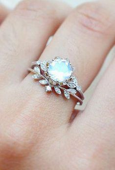 Luxury jewelery diamond and moonstone ring set jewelery # . Luxusschmuck Diamant- und Mondsteinringsatz Luxury jewelery diamond and moonstone ring set Floral Engagement Ring, Vintage Engagement Rings, Oval Engagement, Moonstone Engagement Rings, Engagement Bands, Nature Engagement Rings, Non Traditional Engagement Rings Vintage, Wedding Engagement, Traditional Wedding Rings