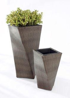 Pflanzkübel - Diese Pflanzkübel sind ein praktisches Accessoire im Garten. - ab 89,99€