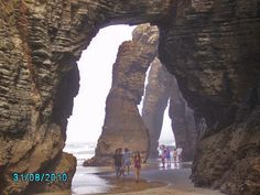 Playa de las Catedrales, Lugo-Spain.... Awesome place!!! Places In Spain, Wonderful Places, Mount Rushmore, Mountains, Country, Nature, Travel, The Beach, Vacations