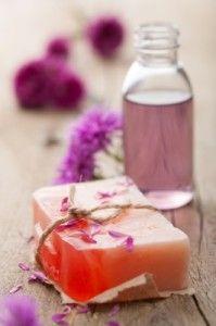 Natural Redmess Reducing Facial Washes 13