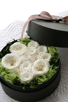 am I orbiting you under you spell baby Flower Box Gift, Flower Boxes, My Flower, Flower Art, Fake Flowers, Fresh Flowers, White Flowers, Beautiful Flowers, Deco Floral