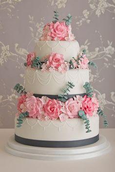 Rose & Eucalyptus wedding cake by Maisie Fantasie Wedding Cake Roses, Beautiful Wedding Cakes, Gorgeous Cakes, Pretty Cakes, Amazing Cakes, Rose Wedding, Dream Wedding, Cupcakes Decorados, Bolo Cake
