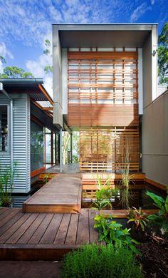 brise soleil extérieur, façade de maison moderne