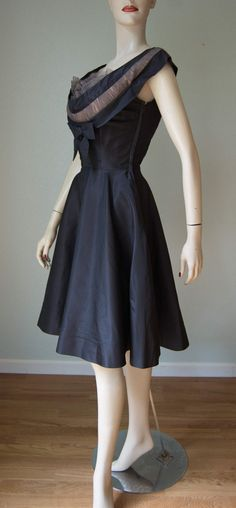 1950s Seymour Jacobson Pure Silk New Look by KittyGirlVintage