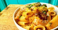 Pasta con langostinos, tomate seco y limón Wine Recipes, Baking Recipes, Healthy Recipes, Polenta, Healthy Snaks, Couscous, Healthy Life, Macaroni And Cheese, Noodles