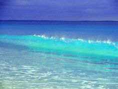 I love the colour of the sea, I would love to be here, relaxing
