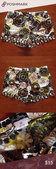 Vera Bradley Cotton Earth Tone Shorts Sz M New without take.  Print lightweight Vera Bradley Shorts.  Sz medium. Vera Bradley Shorts