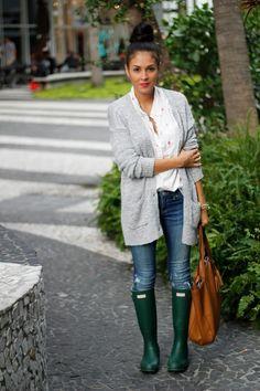 original green Hunter boots- love the original hunter green! Fall Winter Outfits, Autumn Winter Fashion, Winter Style, Green Hunter Boots, Hunter Wellies, Casual Chique, Casual Outfits, Cute Outfits, Cooler Look