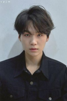 Find images and videos about kpop, bts and suga on We Heart It - the app to get lost in what you love. Jimin, Suga Suga, Min Yoongi Bts, Min Suga, Bts Bangtan Boy, Daegu, Foto Bts, Bts Photo, Kim Taehyung