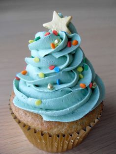 Blue Christmas Tree Cupcake