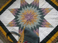 Star Quilt with a Dark Green Tote Bag by JDCreativeHands on Etsy, $85.00
