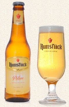 Cerveja Hunsrück Pilsen, estilo Standard American Lager, produzida por Cervejaria Hunsrück, Brasil. 4.7% ABV de álcool.