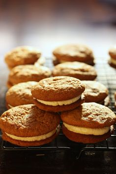Ginger kisses - this should be the closest recipe to woolworth ones Gourmet Recipes, Sweet Recipes, Baking Recipes, Cookie Recipes, Baking Pies, Halal Recipes, Biscuit Cookies, Biscuit Recipe, Macarons