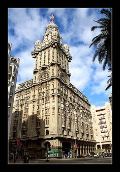 Palacio Salvo, Montevideo, Uruguay How many times I walked under those arches...