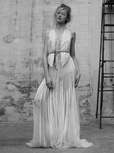 Ginta Lapina By Santiago & Mauricio Sierra For L'Express Styles - Minimal. / Visual.