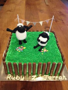 sheep anniversary cake  | Shaun the sheep birthday cake