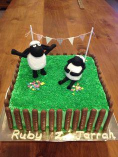 sheep anniversary cake    Shaun the sheep birthday cake