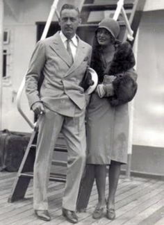 My Love Of Old Hollywood: Dolores Costello Hollywood Couples, Old Hollywood Glamour, Vintage Hollywood, Classic Hollywood, Hollywood Stars, Silent Film Stars, Movie Stars, John Drew Barrymore, Barrymore Family