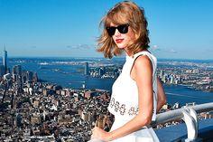 """Nova música da Taylor Swift, """"Welcome to New York"""" - http://metropolitanafm.uol.com.br/musicas/nova-musica-da-taylor-swift-welcome-new-york"""