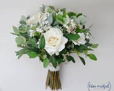 wedding flowers, wedding bouquet, eucalyptus bouquet, silk bouquet, bridal bouquet, rustic bouquet, boho bouquet, ivory, white, green #weddingflowers