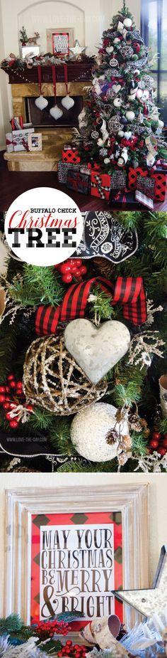 Buffalo Check Christmas Tree. Love this rustic Christmas decor. These Christmas decorations look so warm and cozy!