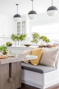 Are you considering adding Kitchen bench seating to your kitchen? Kitchen bench seating is a great way to save space in your kitchen. The Kitchen is a central gathering place in the home so it is important for it to feel spacious. Keep reading as we share 11 built-in kitchen bench ideas to make your kitchen feel larger. Hadley Court Interior Design Blog by Central Texas Interior Designer, Leslie Hendrix Wood.