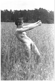 Germaine Krull - 1924 -Freia