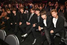 BTS at 2017 Billboard Music Awards So excited for them TvT