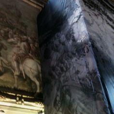 """The restoration to find out the lost fresco of Leonardo """"la battaglia di Anghiari"""", in Palazzo Vecchio- Salone dei 500"""